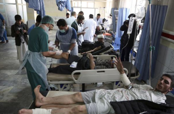 Бројката постојано се зголемува: 95 мртви, над 150 повредени- Ајфеловата кула во мрак поради жртвите