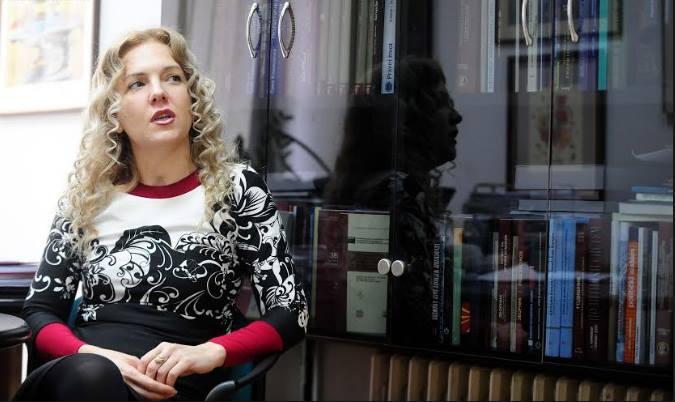 Каракамишева: Владата вчера го прекрши Уставот, со предлогот за негова измена не ја почитува волјата на над 1,2 милиони граѓани