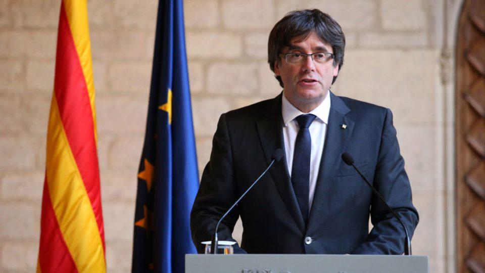 Шпанија бара каталонскиот Парламент да се откаже од Пуџдемон