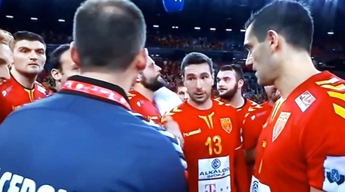 УРНЕБЕСНО ВИДЕО: Кире му предложи цепелин на Раул- реакцијата на Шпанецот ја насмеа Македонија
