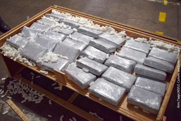 Над 300 килограми кокаин откриени во мебел во Филаделфија