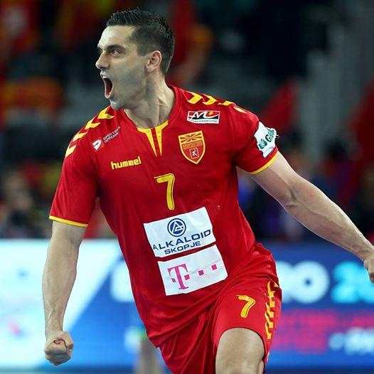 Македонија игра добро: Предност во првото полувреме против Чешка
