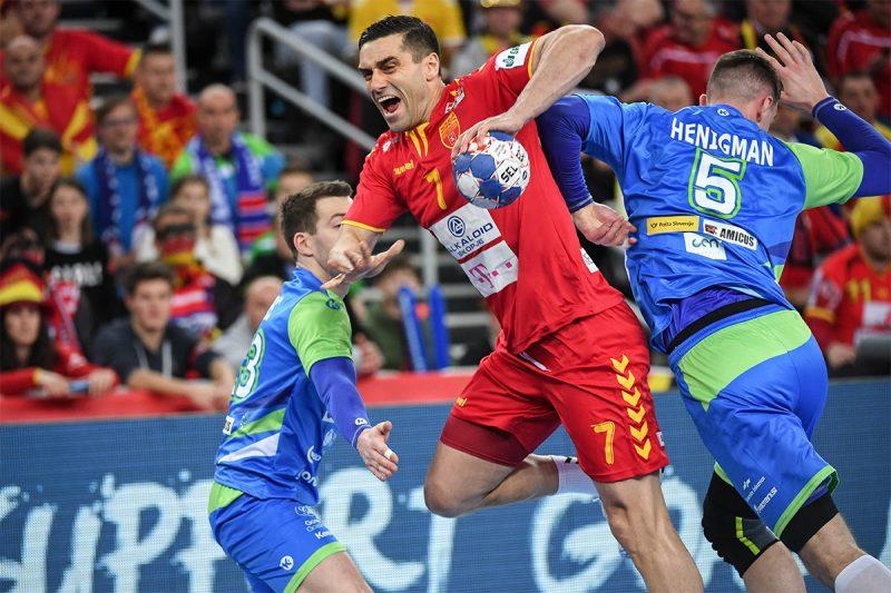 """""""Балкан Хендбол"""" открива какви се шансите Лазаров да игра вечерва"""