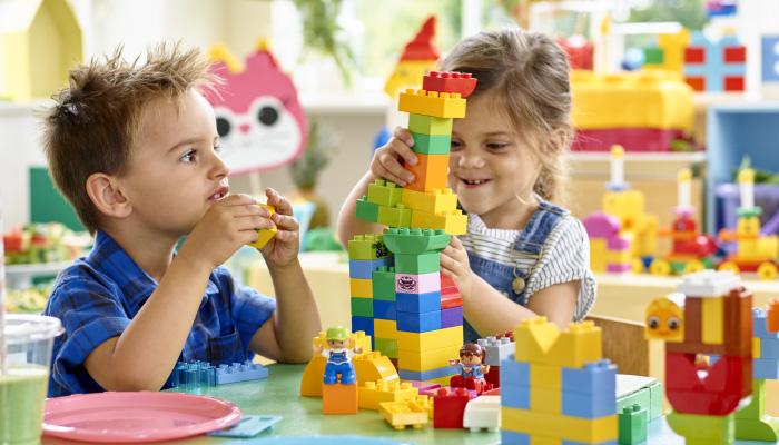 Лего коцките навршуваат 60 години во услови на растечко присуство на онлајн игри