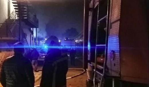 ФОТО: Пожарот во Лисиче остави на улица 8-члено семејство со две мали деца
