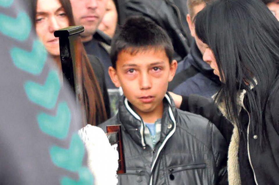 Малиот Марко остана без мајката, таткото, братот и сестрата во сообраќајна незгода: Денес во својот дом слави и дочекува гости