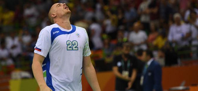 Словенија остана без еден од најдобрите играчи пред стартот на ЕП
