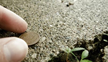 Откако ќе го прочитате ова веќе никогаш нема да земете монета која ќе ја најдете на улица