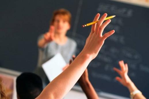 СОНК: На вработените во градинките и училиштата не им се продолжува договорот за работа