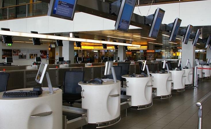 Откажани над 170 летови поради невреме во Амстердам