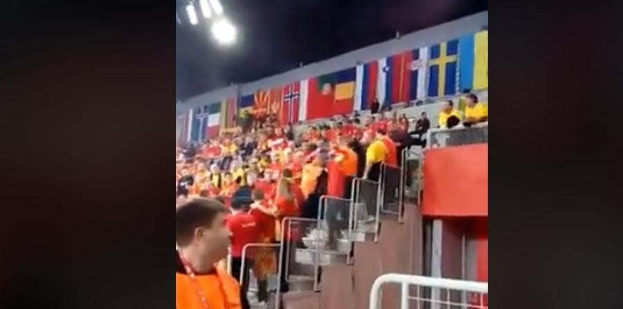 ВИДЕО: Пијан Чех се спречка со македонската Фаланга, па еве како заврши