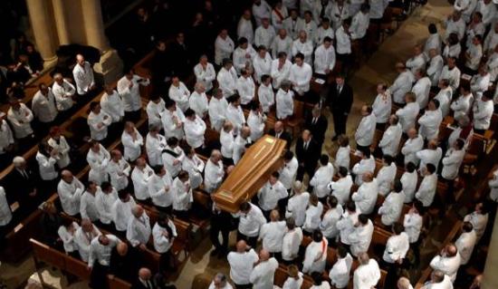 Погреб во бело: Гастрономската елита се прости од Бокус