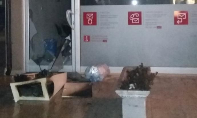 Пожар во пунктот на ЕВН во Дебар, голема материјална штета