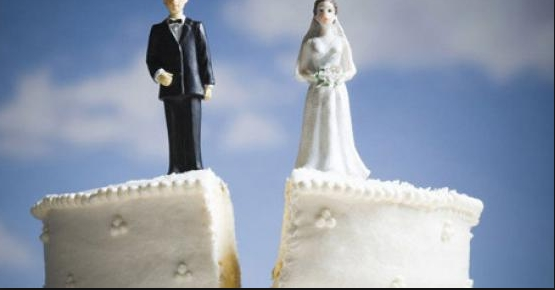 """Се развел поради """"психичко измачување"""", ќе ви се згрози од тоа каква жена имал"""