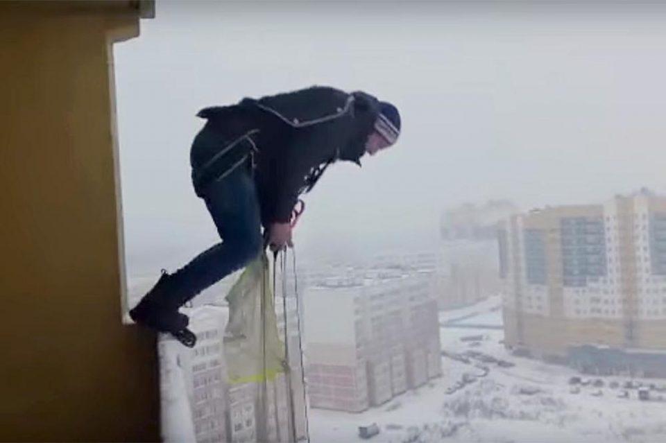 Луд скок на уште полуд Русин: Она што го направи ниту научниците не го препорачуваат (ВИДЕО)