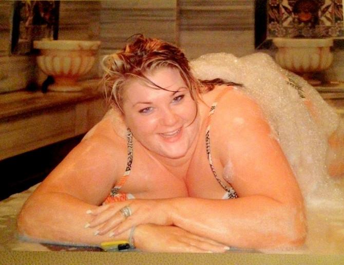 Шокантна трансформација: Момчето ја запросило кога имала 135 килограми, а таа одлучи да биде згодна невеста- еве го резултатот (ФОТО)