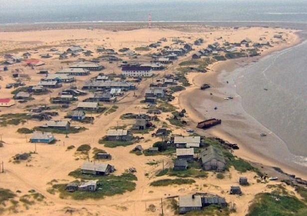 УЖАС: Секој ден жителите на ова село се будат живи закопани (ВИДЕО)