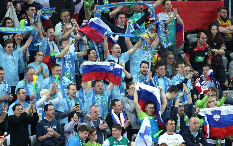 Словенците предизвикале скандал по поразот од Македонија- еве што скандирале