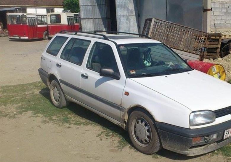 Поскапува регистрацијата за постарите автомобили?