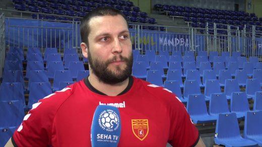 Столе Стоилов со емотивен статус за Абутовиќ: Фали братот (ФОТО)