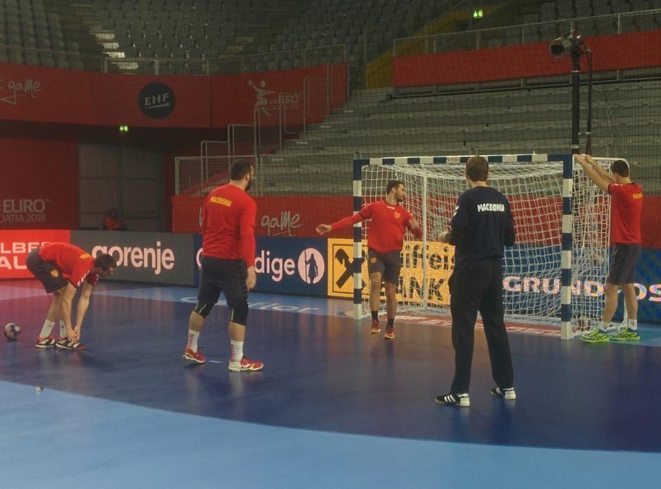 ФОТО: Ракометарите го одработија последниот тренинг пред мечот со Шпанија