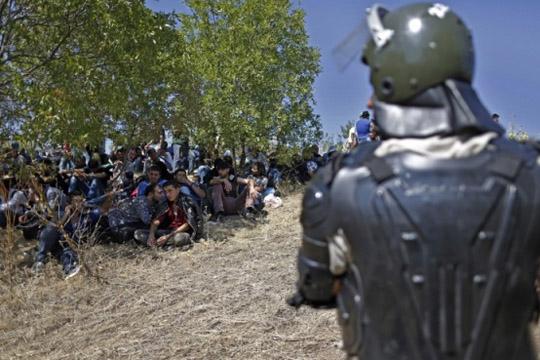 Над 1.600 илегални мигранти се задржани од турските граничари