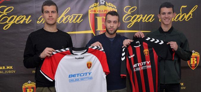 Вардар се засили со тројца фудбалери од Пелистер