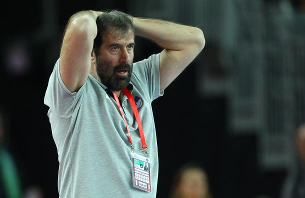 Штербик открива зошто ја напушти српската репрезентација: Веселин Вујовиќ бараше да наместиме натпревар