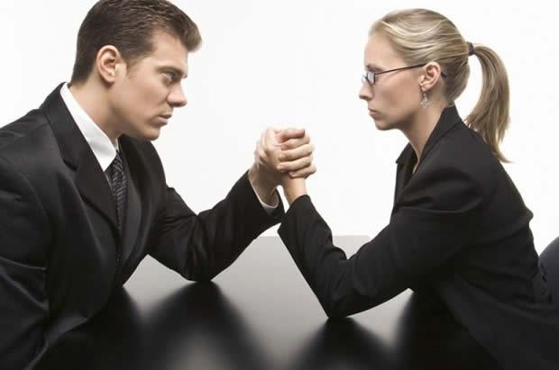 Научно докажано: Жените им го кратат животот на мажите!