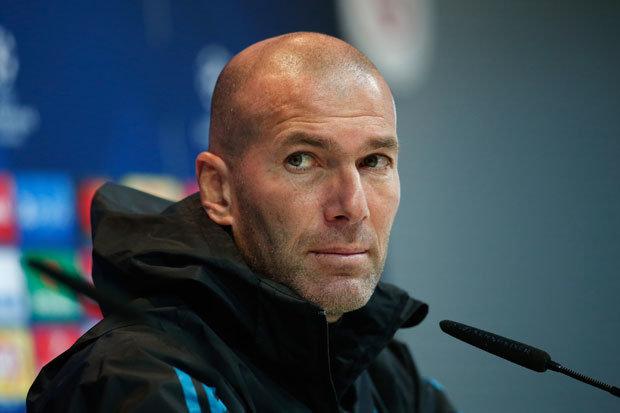 Навивачите на Реал очекуваат Зидан да биде отпуштен до Божиќ