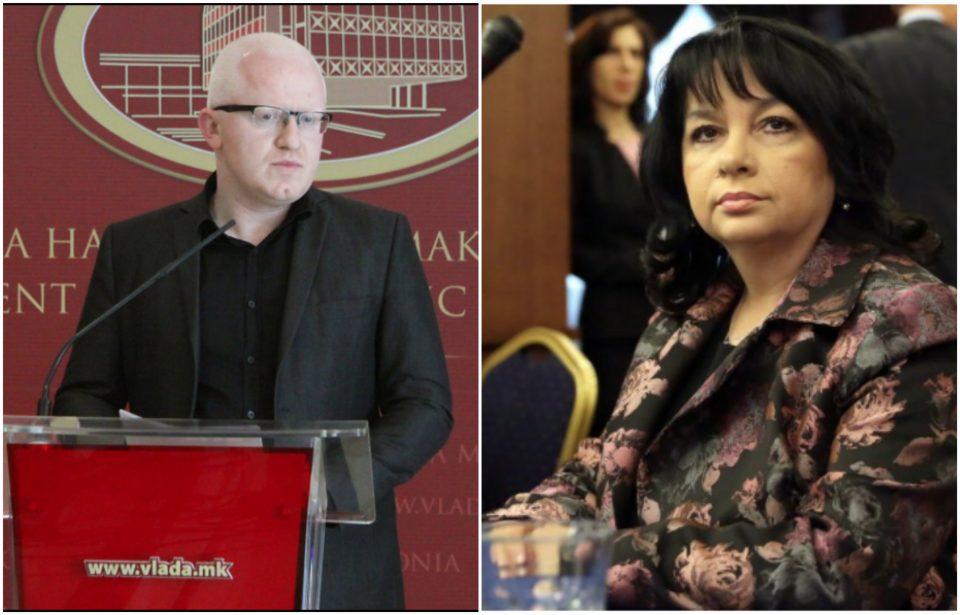 Во Бугарија министри даваат оставка од морални причини, во Македонија се нижат скандали и никој не сака да понесе одговорност