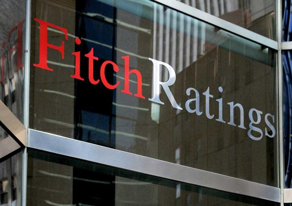 """""""Фич"""": Кредитниот рејтинг е ист, владината проекција за раст потфрли"""