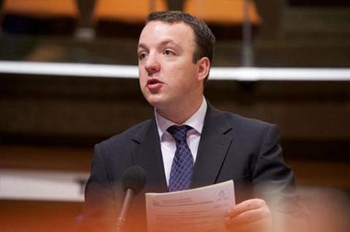Николоски: Бујар Османи е вицепремиер за евро интеграции само на Албанците во Македонија или на сите?
