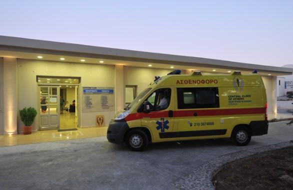 НОВА НЕСРЕЌА: Двајца Македонци повредени во Солун, девојка е во критична состојба
