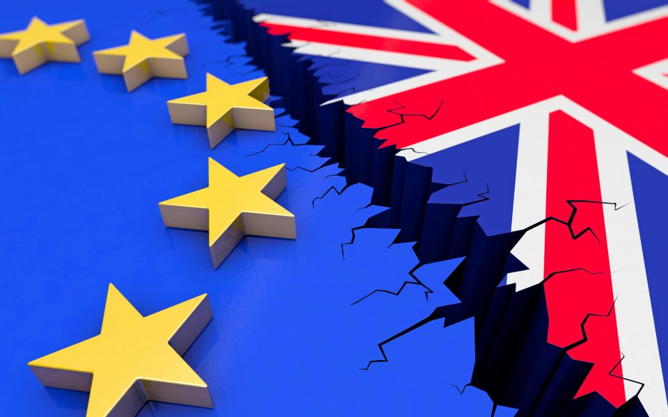 Долниот дом на британскиот Парламент го одобри нацрт-законот за Брегзит