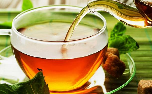 Oвој чај го излуде светот, килограмите ги топи како луд