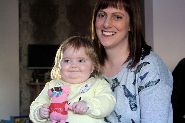 Го однеле бебето на доктор поради обична дамка: Се соочиле со пеколна битка за живот (ФОТО)