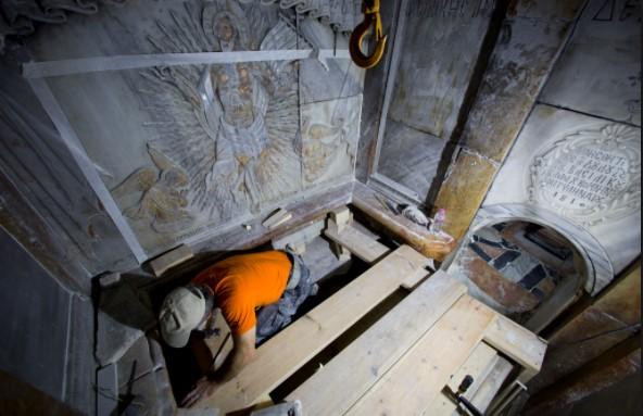 Кога го отворивме гробот на Исус инструментите престанаа да работат: Што се случило при отворањето на светиот гроб после 7 века?