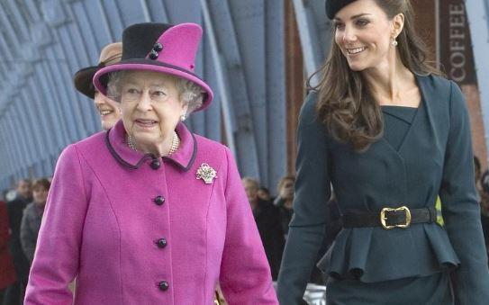 Сите жени во кралското семејство мора да го следат овој модел детаљ