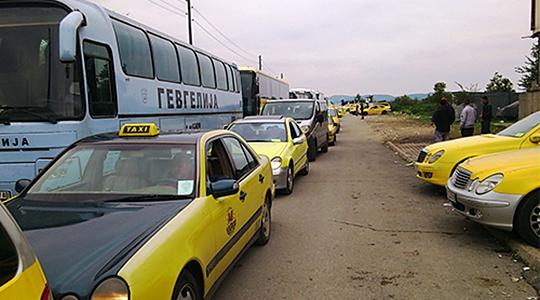 Дојде живот и во Гевгелија, поскапуваат такси услугите