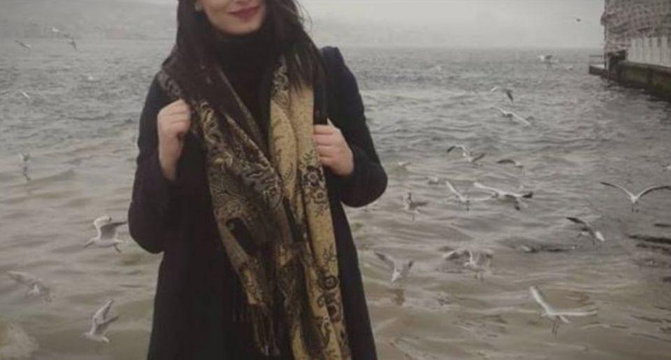 """Неочекувано доживување: Македонската пејачка отиде во Истанбул, а таму се сретна со убавата актерка од """"Карасевда"""" (ФОТО)"""