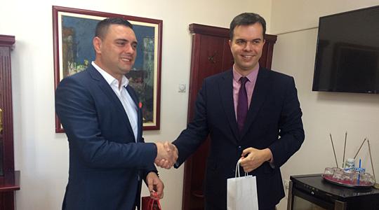 Унгарскиот амбасадор во посета на Кавадарци
