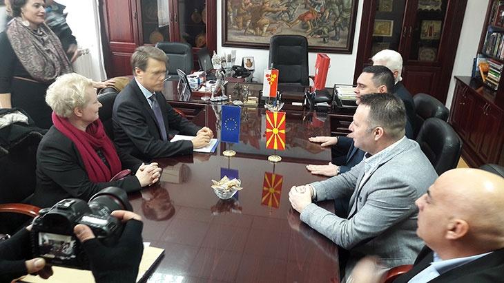Амбасадорот на Европската Унија во посета на Кавадарци