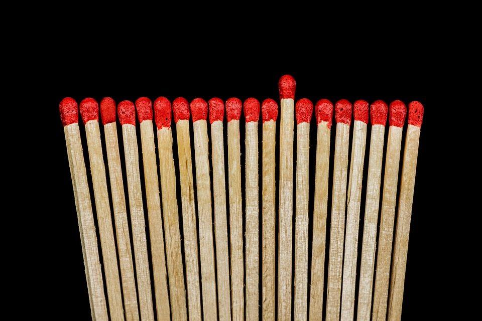 Само за генијалци: Кој е најголемиот број кој може да се добие ако поместите две кибритчиња?