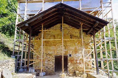 """ВМРО-ДПМНЕ: Лага е дека црквата """"Свети Ѓорѓија"""" во Курбиново со години била оставена во руинирана состојба"""