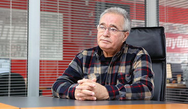Цуцуловски ја разобличи манипулацијата на Заев околу референдумското прашање