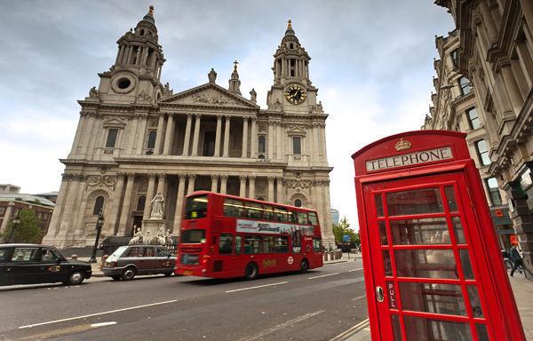 Сомнителен пакет пронајден во британскиот Парламент