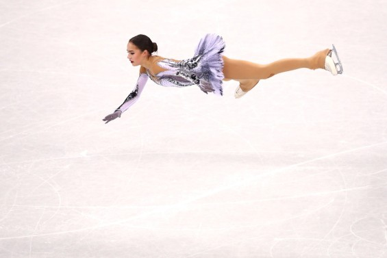 Таа е кралица на мразот: Феноменалниот настап на 15-годишната Русинка (ВИДЕО)