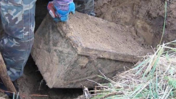 Историчари нашле стар нацистички ковчег: Кога го отвориле, имале што да видат!