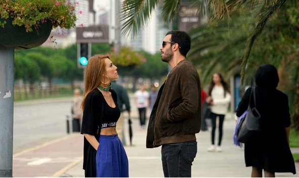 Никогаш не биле поубави, Омер и Дефне се сакаат и во друг филм (ФОТО)